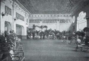 La sala d'aspetto per i primi e i secondi posti del Cinema Ambrosia, 1914.